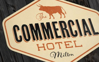 The Commercial Hotel Miton